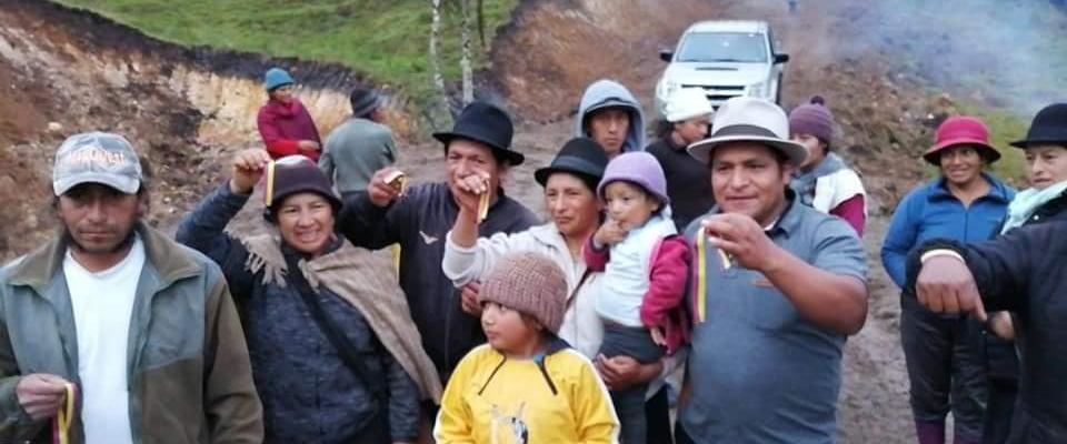 INAUGURACIÓN DE UN CABEZA Y EL LASTRADO DE 2 KILOMENTOS DE VÍA PATO-NADANA-INGA-PIRKA.
